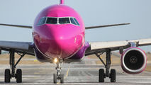 HA-LWF - Wizz Air Airbus A320 aircraft