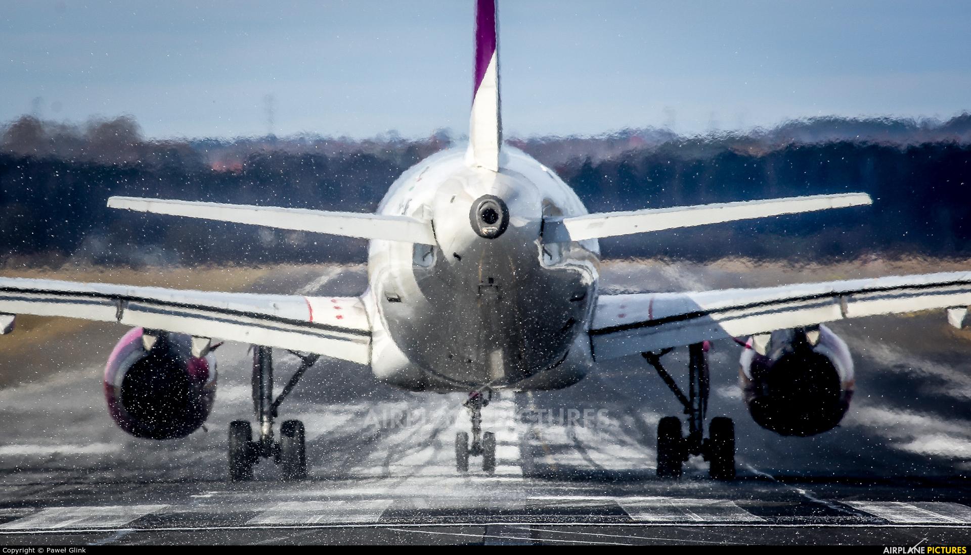 Wizz Air HA-LWF aircraft at Gdańsk - Lech Wałęsa