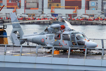 488 - France - Navy Aerospatiale AS365 Panther