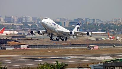 - - Iran Air Boeing 747-200