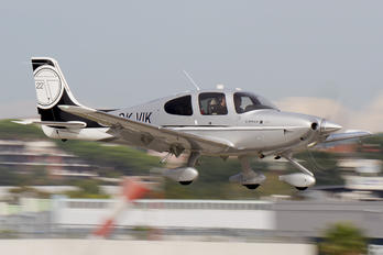 OK-VIK - Private Cirrus SR22