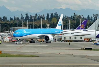 PH-BVN - KLM Boeing 777-300ER