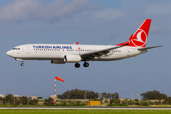 TC-JFO - Turkish Airlines Boeing 737-800