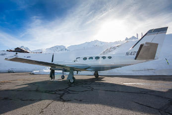 N425FZ - Private Cessna 425 Conquest I