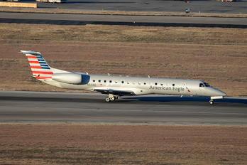 N611AE - American Eagle Embraer EMB-145
