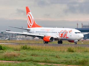 PR-GIJ - GOL Transportes Aéreos  Boeing 737-700