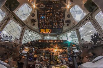 N922DX - Delta Air Lines McDonnell Douglas MD-90