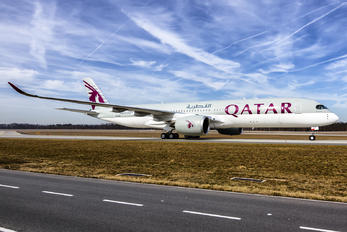 A7-ALB - Qatar Airways Airbus A350-900