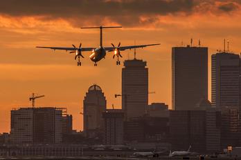 C-GLQR - Porter Airlines de Havilland Canada DHC-8-400Q / Bombardier Q400