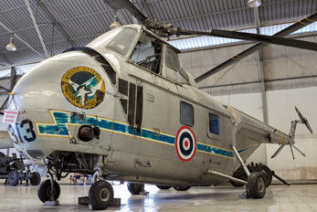 H3-3/97 - Thailand - Air Force Sikorsky S-55