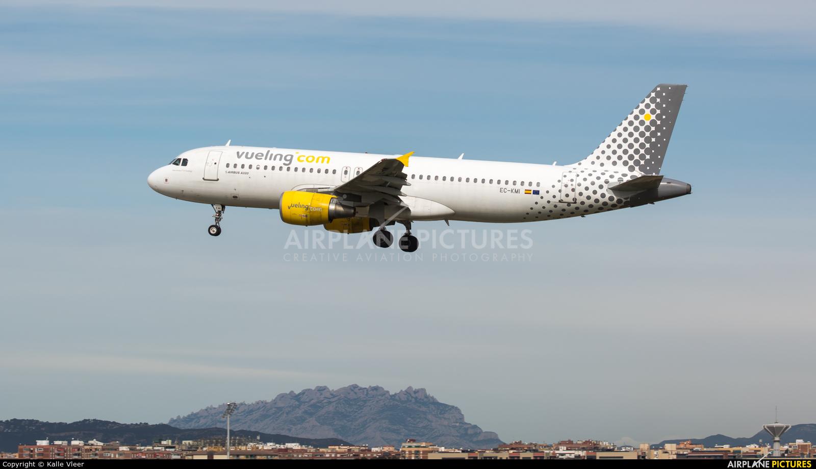 Vueling Airlines EC-KMI aircraft at Barcelona - El Prat