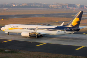 VT-JFX - Jet Airways Boeing 737-800