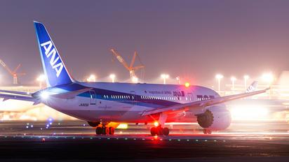 JA805A - ANA - All Nippon Airways Boeing 787-8 Dreamliner