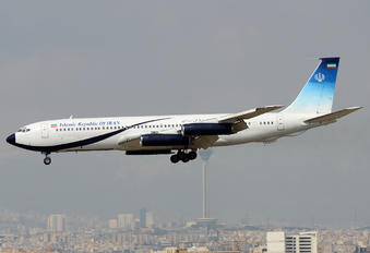 1002 - Iran - Government Boeing 707-300