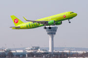 VP-BOL - S7 Airlines Airbus A320 aircraft