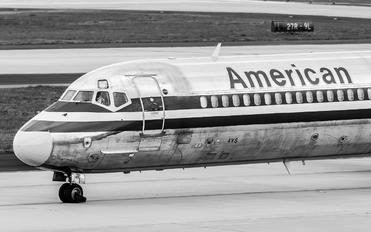 N982TW - American Airlines McDonnell Douglas MD-83