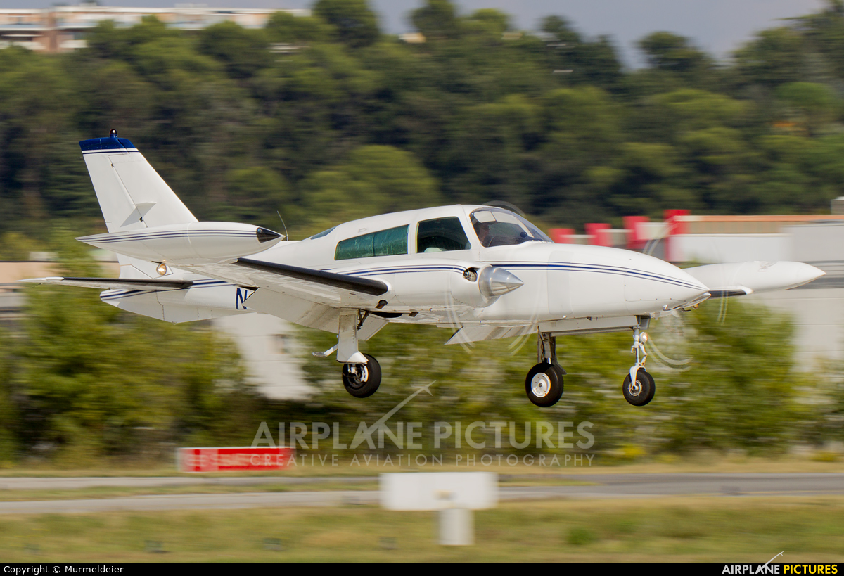 Private N310ML aircraft at Cannes - Mandelieu