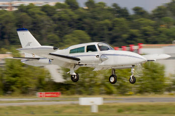 N310ML - Private Cessna 310