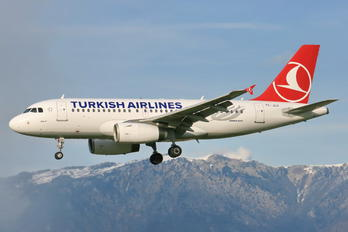 TC-JLO - Turkish Airlines Airbus A319