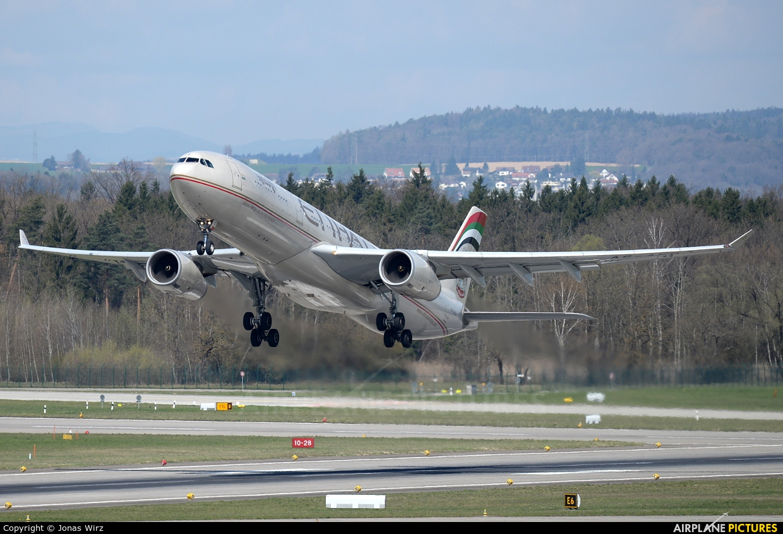 Etihad Airways A6-AFD aircraft at Zurich