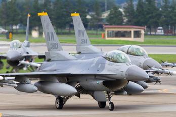 90-0803 - USA - Air Force Lockheed Martin F-16CJ Fighting Falcon