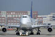 D-ABVZ - Lufthansa Boeing 747-400 aircraft