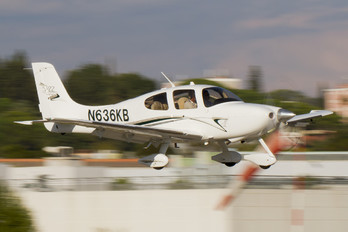 N636KB - Private Cirrus SR22