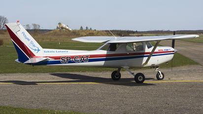 SP-CAT - Private Cessna 152