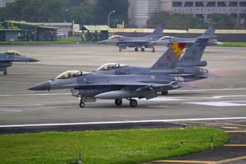 6677 - Taiwan - Air Force Lockheed Martin F-16AM Fighting Falcon