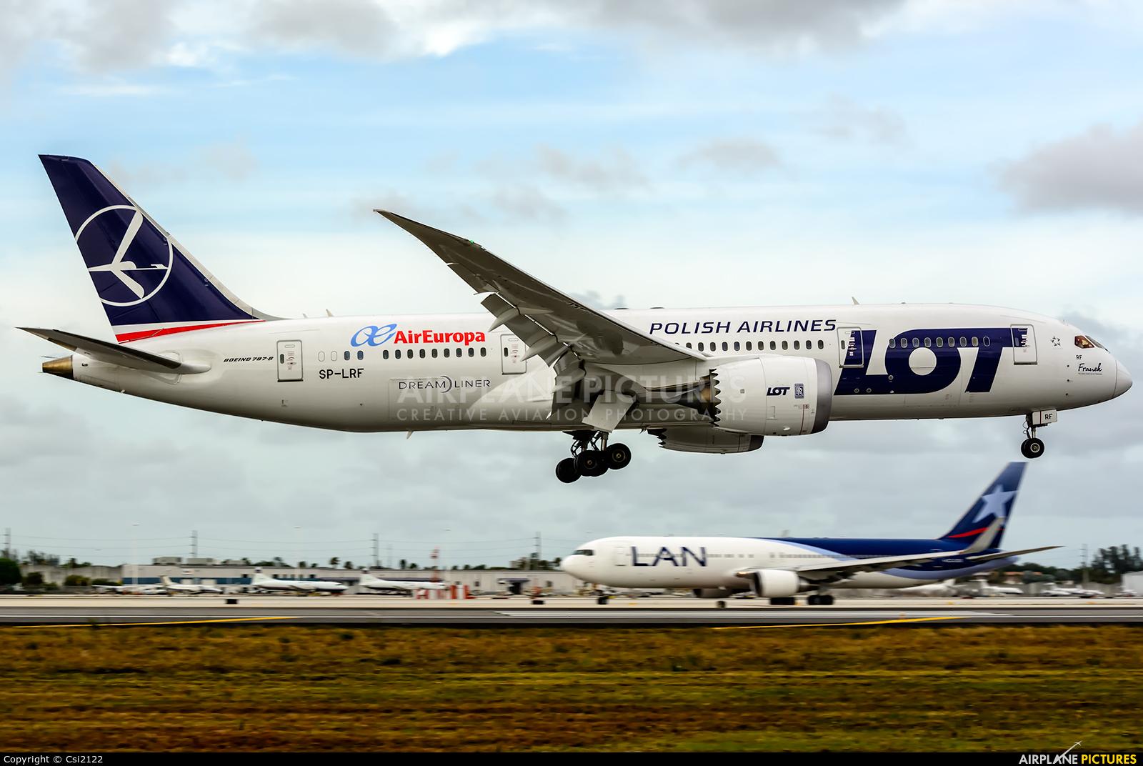 Sp lrf air europa boeing 787 8 dreamliner at miami intl for Interior 787 air europa