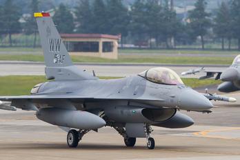 92-3921 - USA - Air Force Lockheed Martin F-16CJ Fighting Falcon