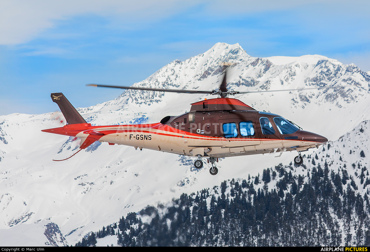 Skycam Helicopters F-GSNS aircraft at Courchevel