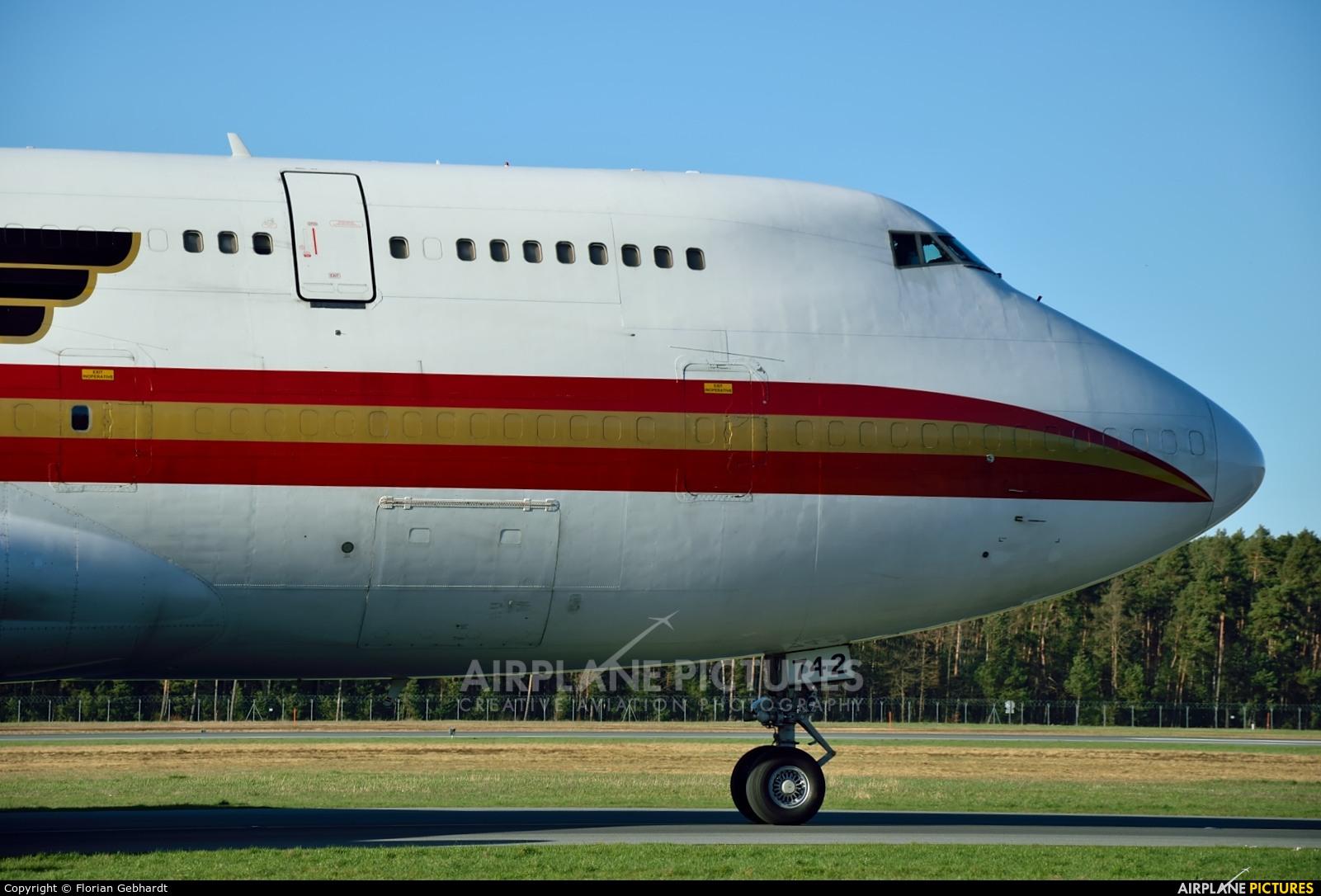 Kalitta Air N742CK aircraft at Nuremberg