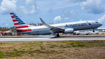 N975AN - American Airlines Boeing 737-800 aircraft