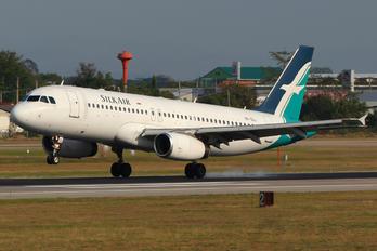 9V-SLL - SilkAir Airbus A320