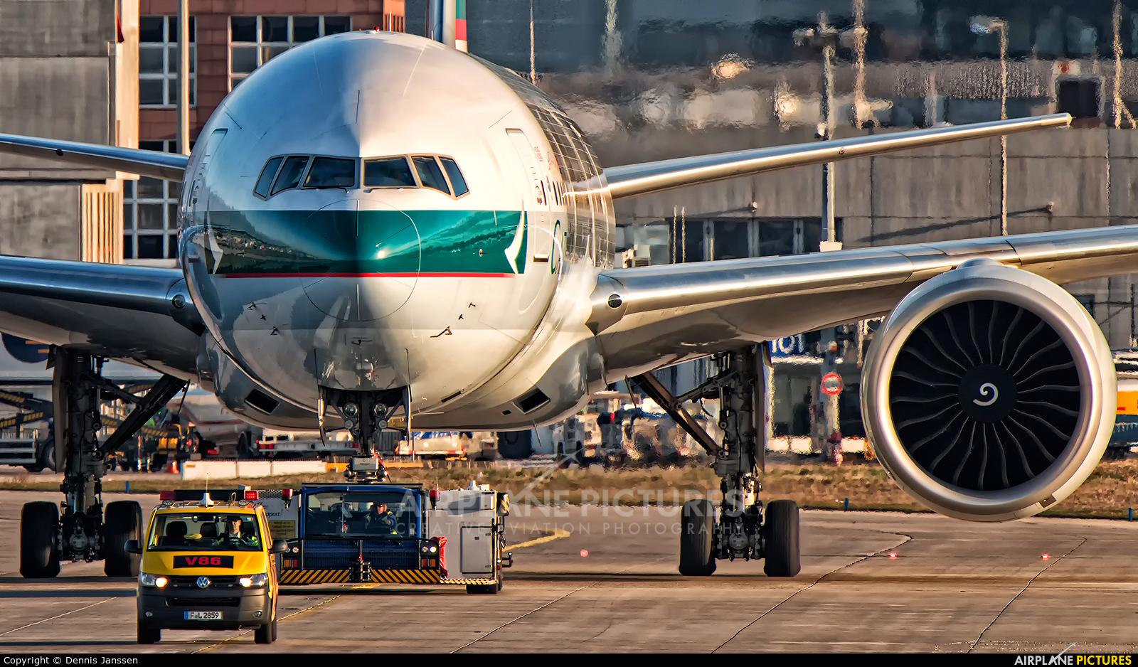 Cathay Pacific B-KQI aircraft at Frankfurt