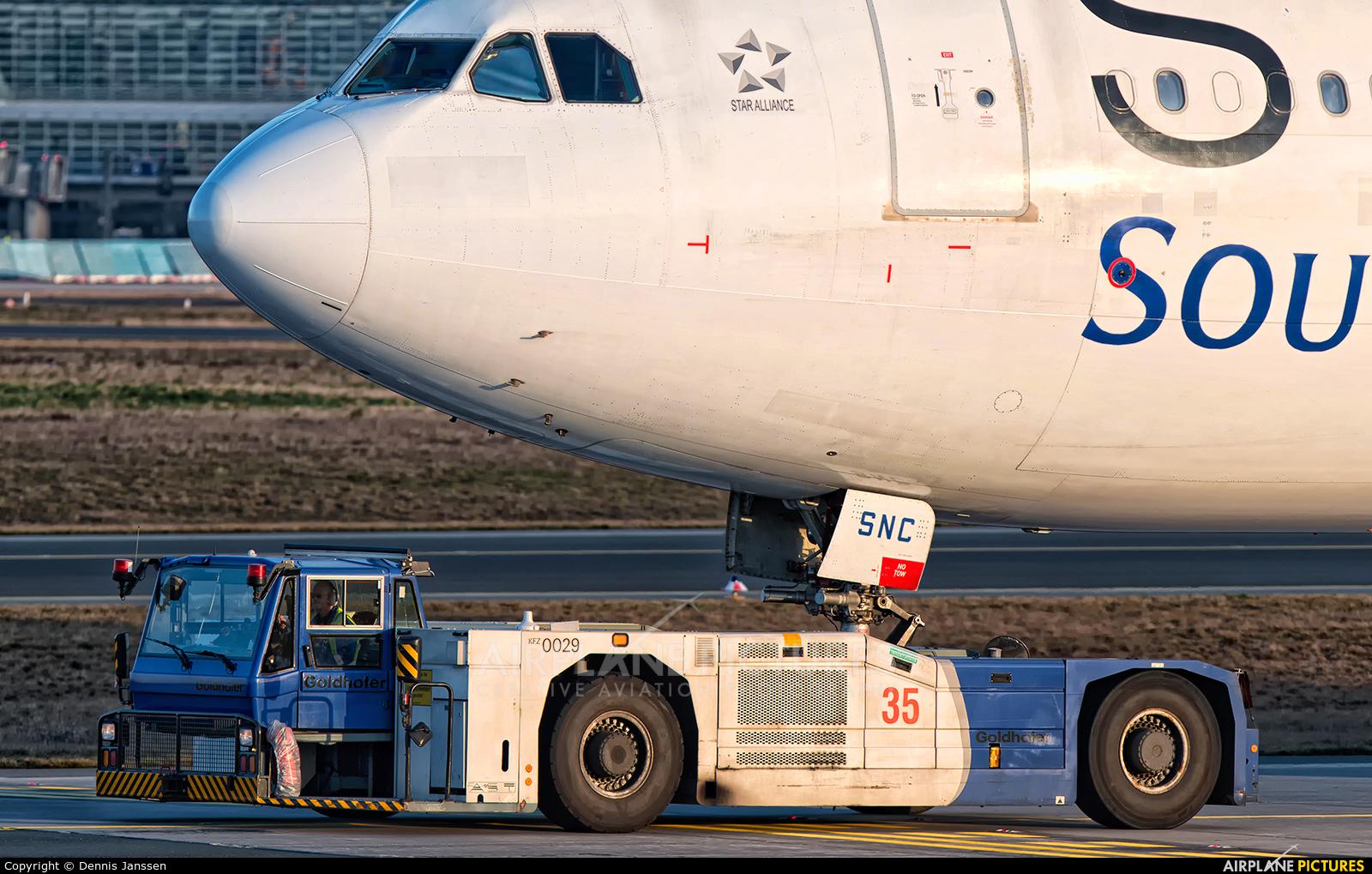 South African Airways ZS-SNC aircraft at Frankfurt