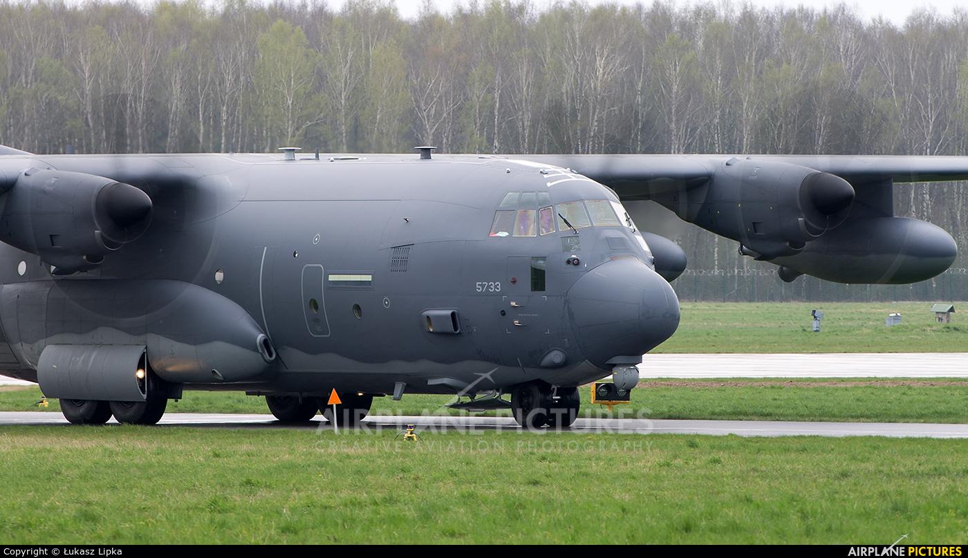 USA - Air Force 11-5733 aircraft at Radom - Sadków