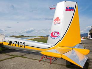 OM-7101 - Private LET L-13 Vivat (all models)
