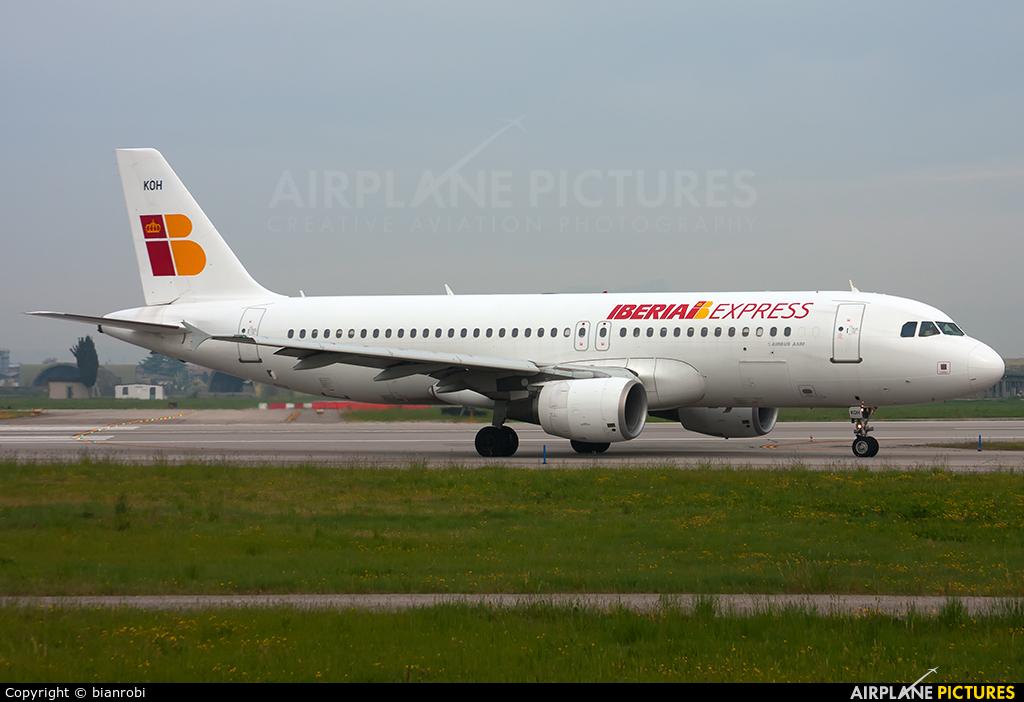 Iberia Express EC-KOH aircraft at Verona - Villafranca