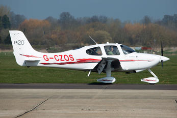 G-CZOS - Cirrus Flight-Training Cirrus SR20