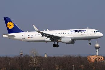 D_AIUJ - Lufthansa Airbus A320