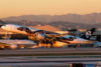 ZK-OKO - Air New Zealand Boeing 777-300ER