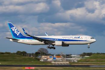 JA619A - ANA - All Nippon Airways Boeing 767-300ER