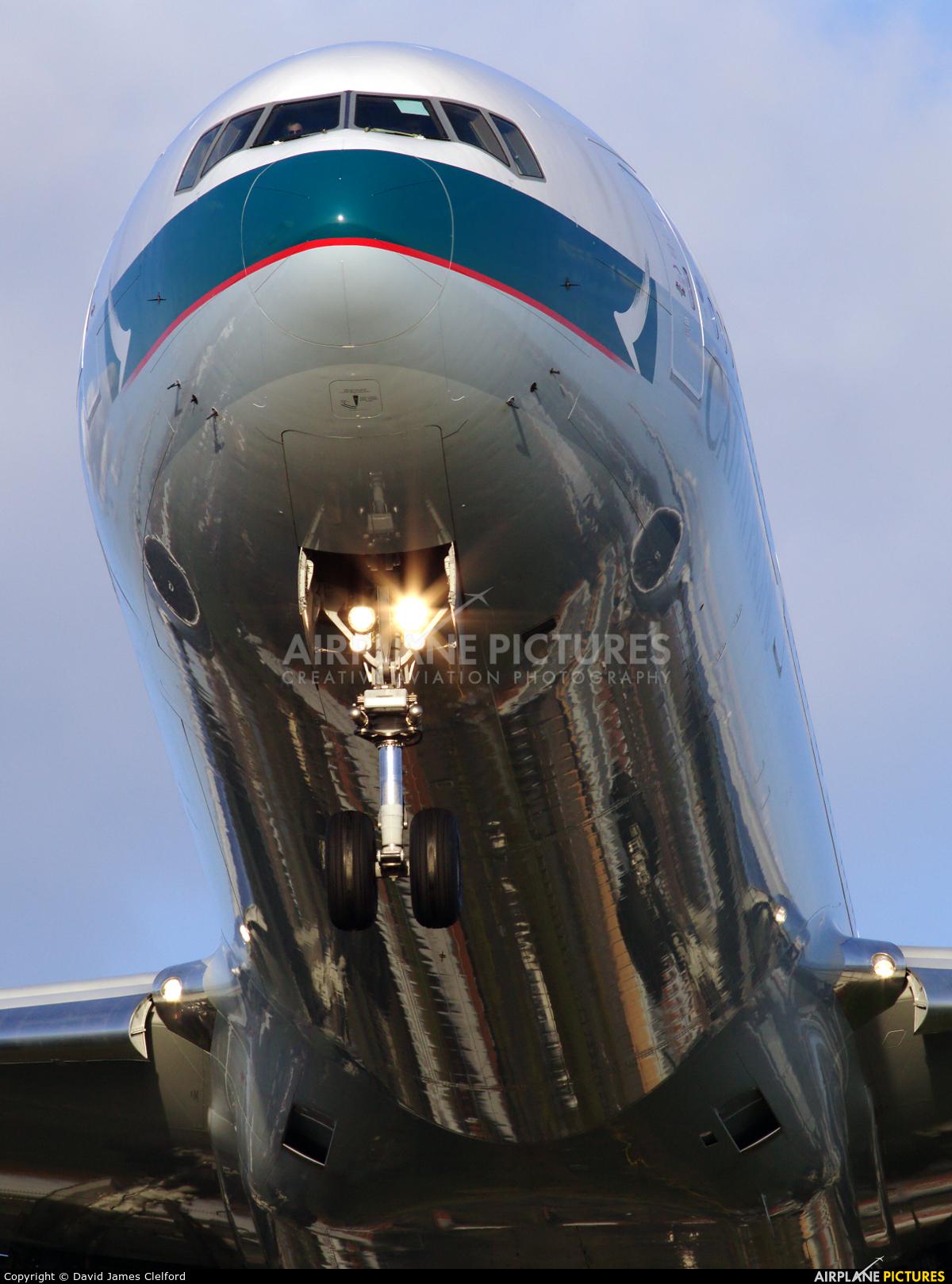 Cathay Pacific B-KQQ aircraft at London - Heathrow