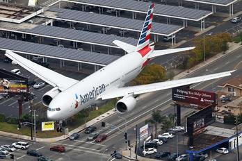 N766AN - American Airlines Boeing 777-200ER