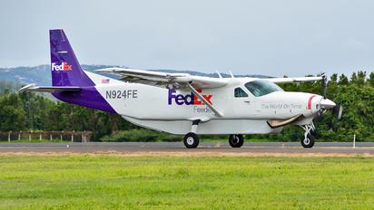 N924FE - FedEx Federal Express Cessna 208 Caravan