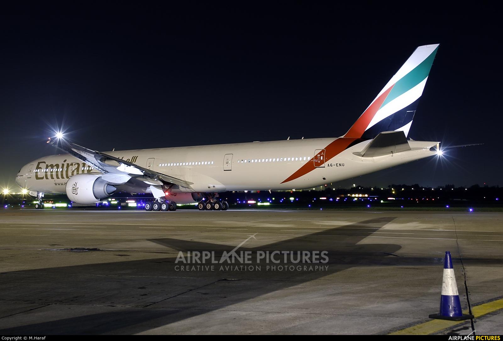 Emirates Airlines A6-ENU aircraft at Dublin