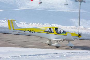 F-PACL - Private Dyn Aero MCR4s