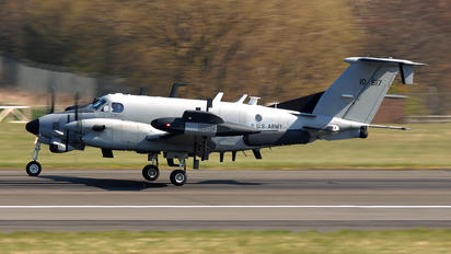 91-0517 - USA - Army Beechcraft RC-12N Huron